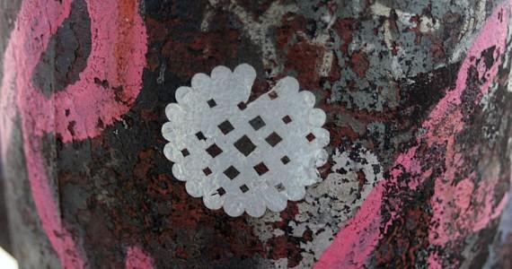 Round Design Sticker